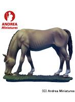 アンドレアミニチュア SG-A42 牧草を食べている馬