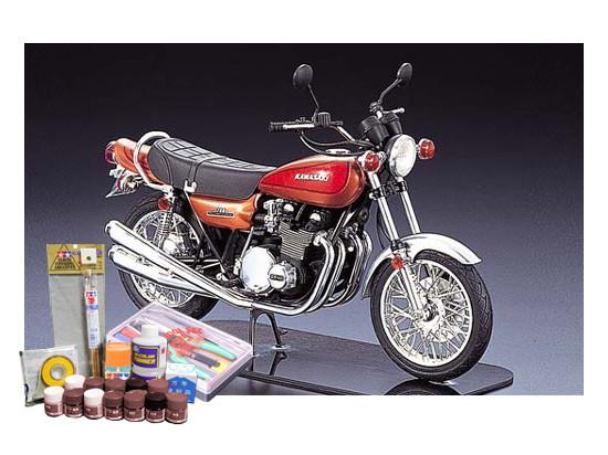 プラモデル制作セット 1/12スケール ネイキッドバイク カワサキ750RS ZII