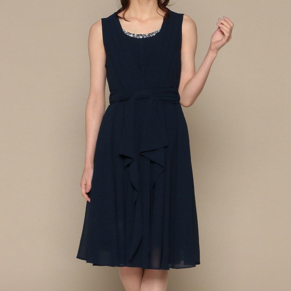 レディースファッションレンタル、ミディアムドレス、ドレス、ネイビー スウィートアズ パール付ネック ミディアムドレス ネイビー